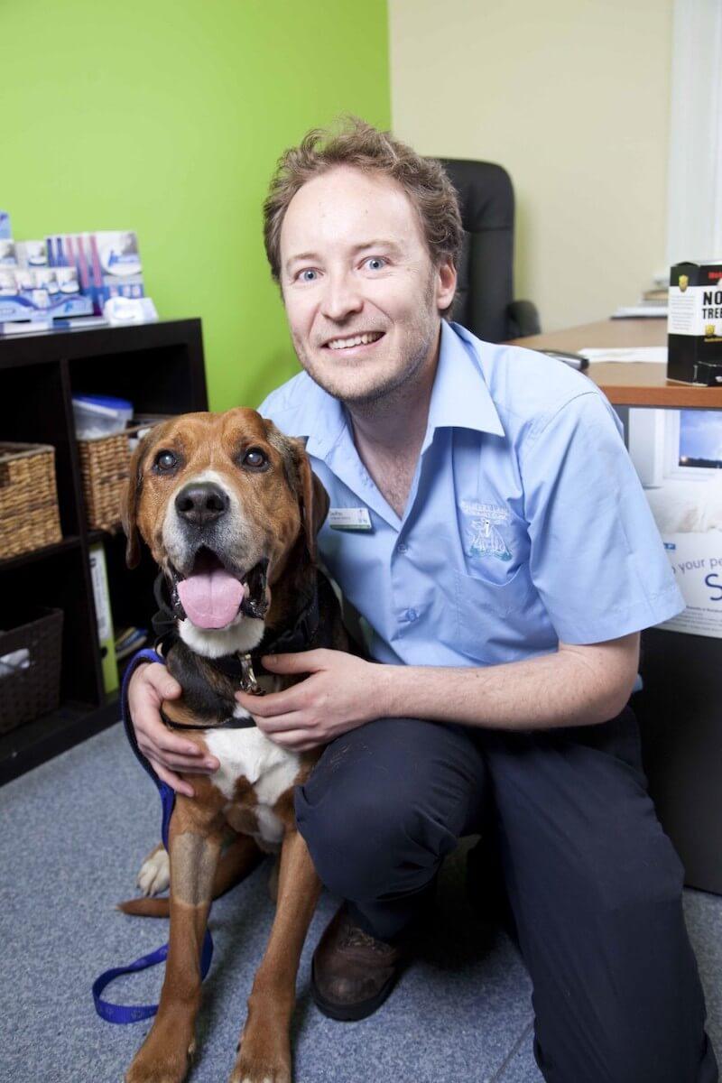 Dr Geoff
